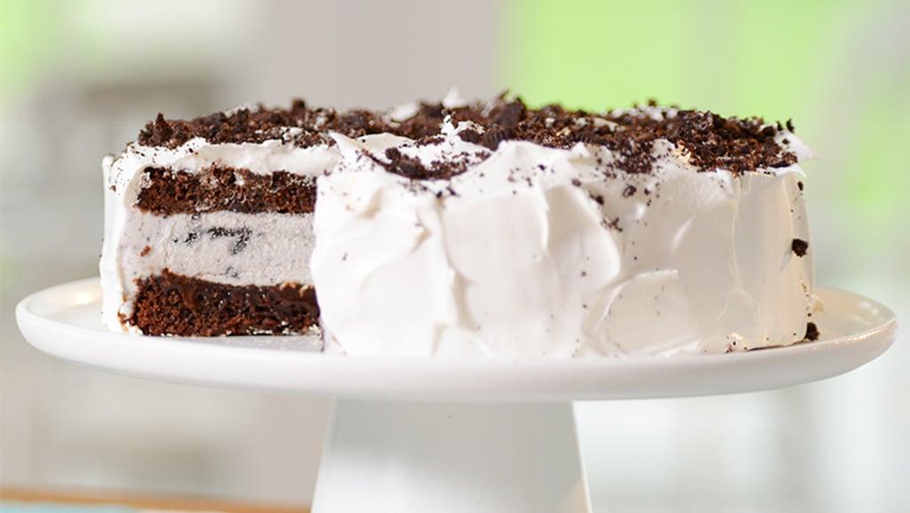 Lactose Free Oreo Ice Cream Cake made with LACTAID® Cookies and Cream Ice Cream